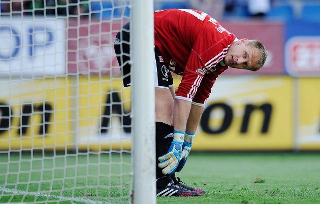 Zklamaný olomoucký brankář Zdeněk Zlámal po prvním inkasovaném gólu libereckého Davida Pavelky.