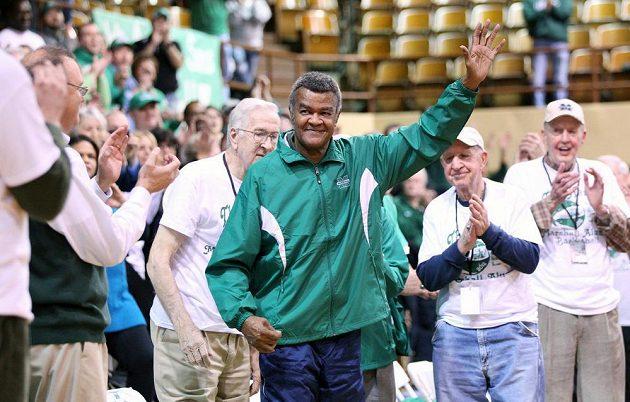 Člen basketbalové Síně slávy Hal Greer na snímku z roku 2014.