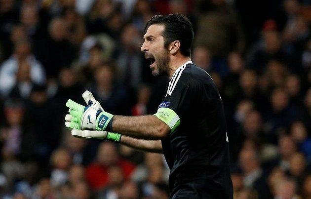 Veterán Gianluigi Buffon v brance Juventusu.
