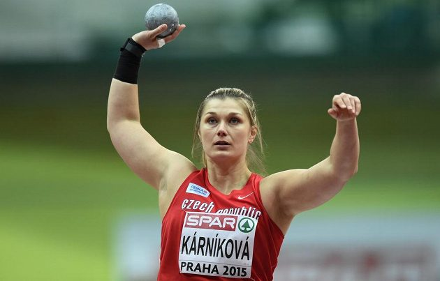 Koulařka Jana Kárníková se chystá na svůj kvalifikační pokus.
