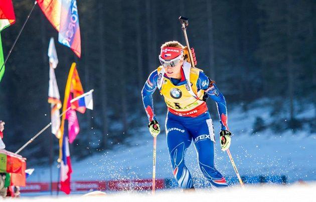 Gabriela Soukalová obsadila ve stíhačce čtvrté místo, přesto přišla o žlutý dres.
