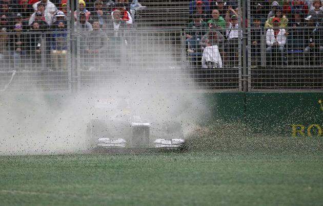 Venezuelan Maldonaldo ze stáje Williams vyjel z trati a závod nedokončil.