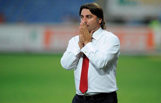 Zklamaný trenér Rigy Tamaz Pertia.