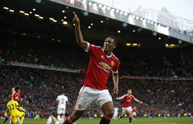 Anthony Martial se trefil hned při svém prvním zápase za Manchester United.