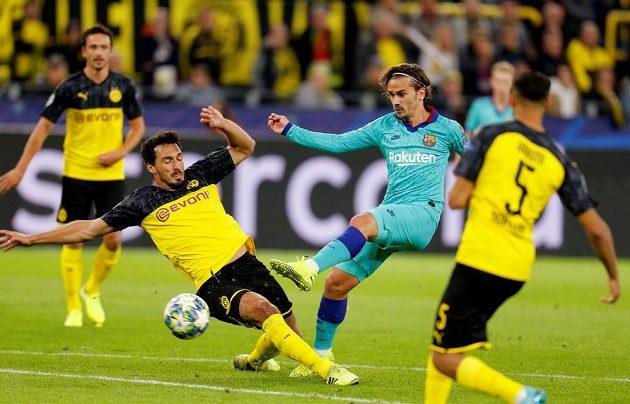 Fotbalisté Dortmundu hostili ve svém úvodním zápase Ligy mistrů Barcelonu