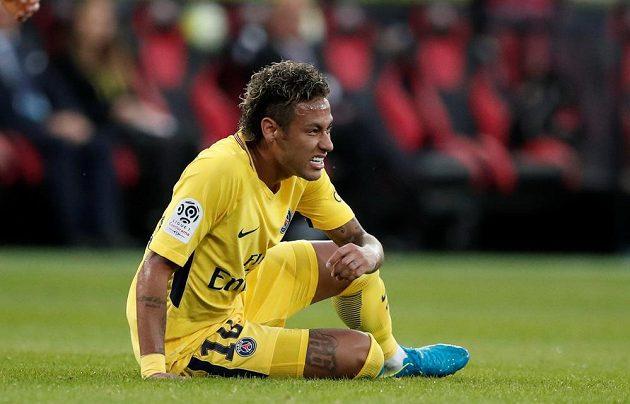 Ani hvězdy nemají nic zadarmo. Neymar v premiéře za Paris St Germain.