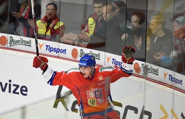 Český útočník Tomáš Nosek se raduje ze vstřelení branky v utkání Euro Hockey Challenge proti Norsku.