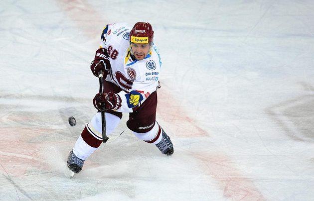 Útočník Sparty Tomáš Rolinek v utkání proti Litvínovu.