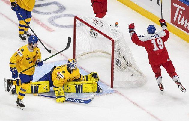 Jan Myšák překonal švédského brankáře Huga Alnefelta (30) a mohl se radovat.