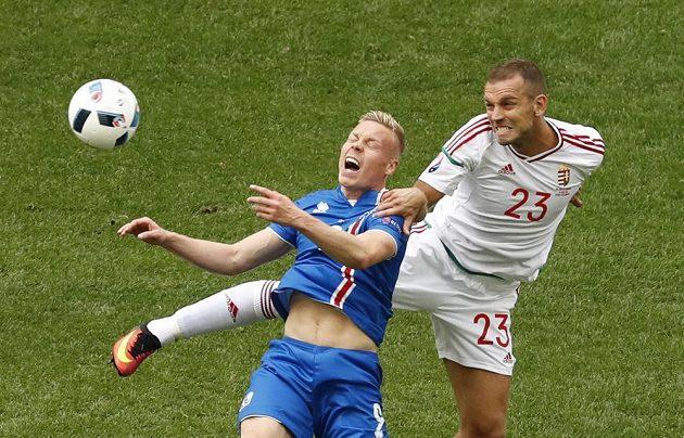 Kolbeinn Sigthorsson z Islandu a Roland Juhasz z Maďarska (vpravo).