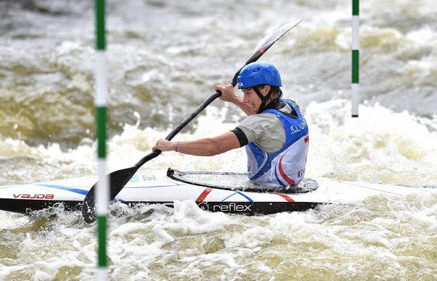 Kajakářka Štěpánka Hilgertová během finálové jízdy Světového poháru ve vodním slalomu v kategorii K1 na trojském kanále v Praze.