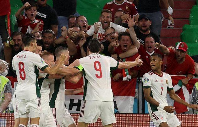 Maďarská radost. Adam Szalai slaví gól vstřelený do sítě Německa na EURO.