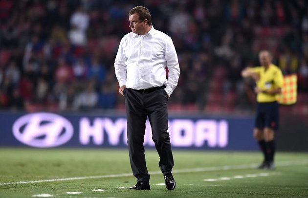 Trenér Pavel Vrba se na lavičce národního mužstva znovu výhry nedočkal.