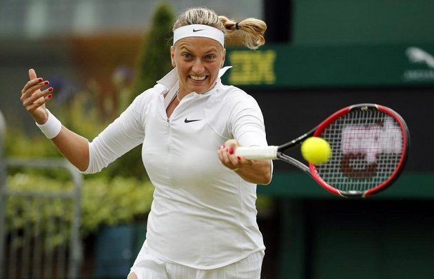 Česká tenistka Petra Kvitová během zápasu s Rumunkou Soranou Cirsteaovou.