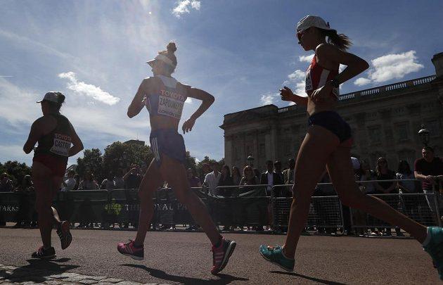 Anežka Drahotová na trati MS v Londýně. Nakonec závod 20km chůze vzdala pro zdravotní problémy.