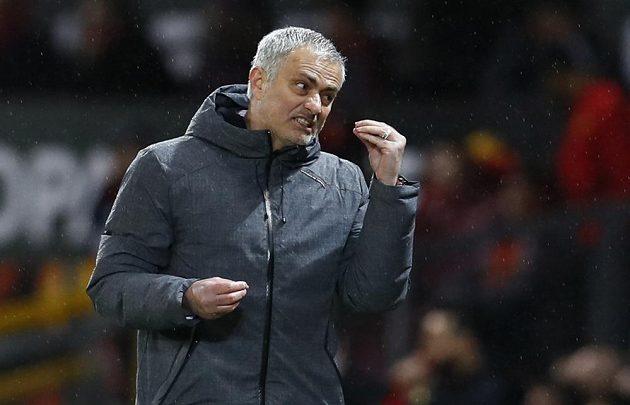 Trenér Manchesteru United José Mourinho během odvety proti Rostovu.