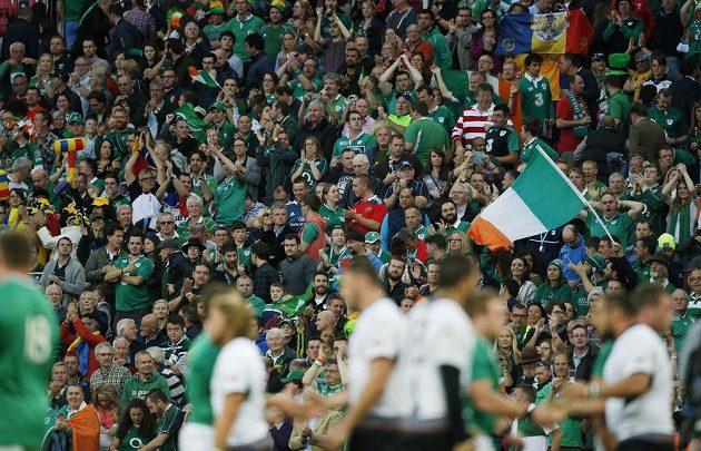 Rekordní návštěva sledovala ve Wembley ragbyový duel mezi Irskem a Rumunskem.