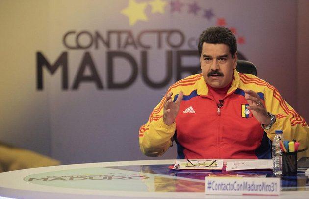 Prezident Venezuely Nicolas Maduro během pravidleného televizního pořadu navrhl Diega Maradonu na post šéfa FIFA.