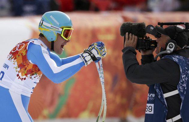Christof Innerhofer řval v cíli sjezdu jako tur. Stříbrná olympijská medaile zaslouží oslavu.