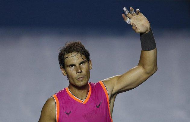 Vítězný návrat! Druhý tenista světového žebříčku Rafael Nadal se po měsíční přestávce vrátil na kurty a hned zvítězil.
