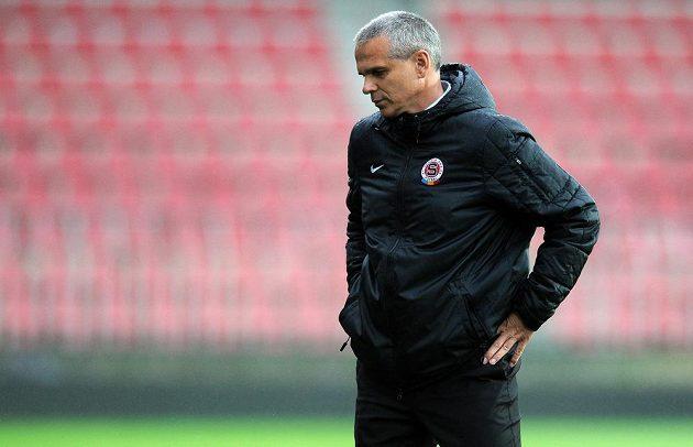 Sparťanský trenér Vítězslav Lavička během utkání s pražskou Duklou.