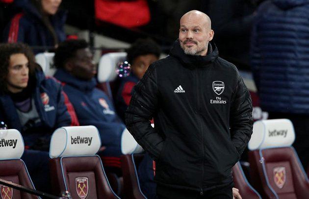 Manažer Arsenalu Freddie Ljungberg mohl být po derby s West Hamem spokojený.