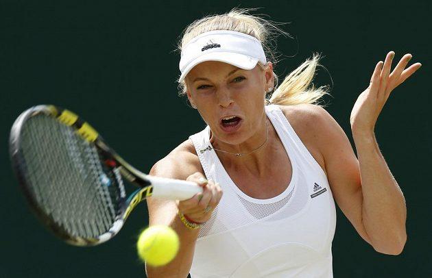 Caroline Wozniacká ve Wimbledonu marně hledala recept na Barboru Záhlavovou-Strýcovou.