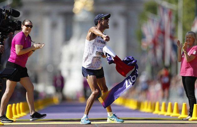Mistr světa v chůzi na 50km Francouz Yohann Diniz.