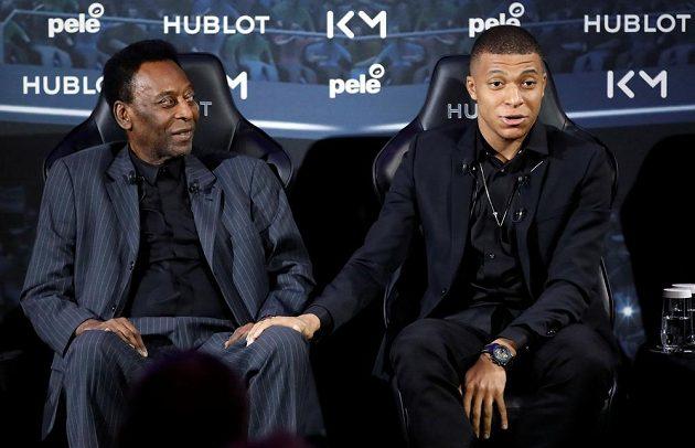 Legendární Brazilec Pelé se sešel s talentovaným francouzským reprezentantem Kylianem Mbappém.