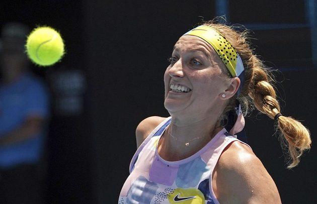 Petra Kvitová při situaci z utkání s Ashleigh Bartyovou z Austrálie.