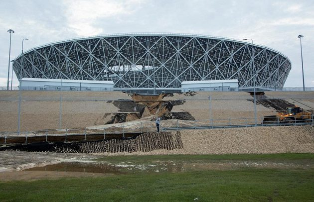 Silný déšť poničil stadión ve Volgogradu.