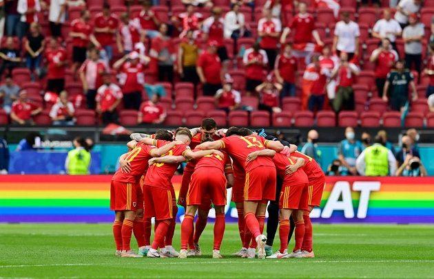 Fotbalisté Walesu v Johan Cruijff Areně v Amsterdamu před osmifinále EURO s Dánskem.