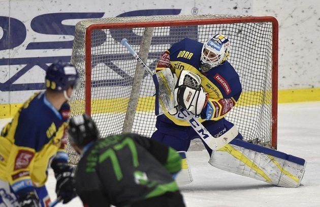 Brankář Zlína Libor Kašík během třetího utkání předkola play s Mladou Boleslaví.