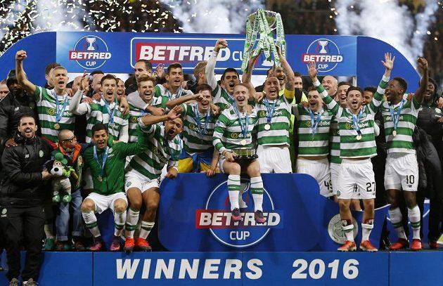 Ligový pohár a 100. trofej pro klub je naše! Celtic Glasgow završil úžasnou bilanci.