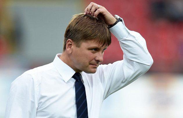 Plzeňský trenér Dušan Uhrin během odvety 3. předkola Evropské ligy s Ploještí.