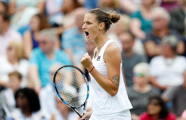 Česká tenistka Karolína Plíšková vyhrála turnaj v Eastbourne, který byl generálkou na slavný Wimbledon. Ve finále porazila Dánku Caroline Wozniackou ve dvou setech.
