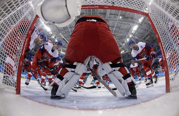 Český tým před startem olympijského čtvrtfinále proti USA.