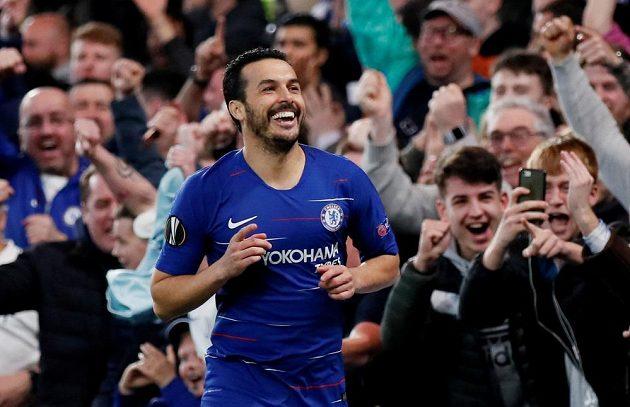Chelsea slaví. Pedro vstřelil v utkání Evropské ligy gól do sítě Slavie.