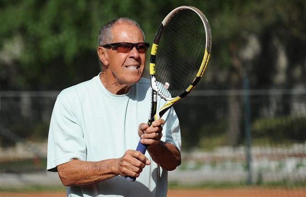 Americký trenér Nick Bollettieri během návštěvy tenisového klubu LTC Zbraslav.