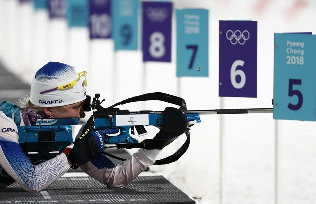 Finská biatlonistka Kaisa Mäkäräinenová v olympijském sprintu.