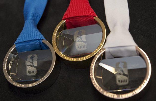 Sada medailí pro hokejové MS v Praze.