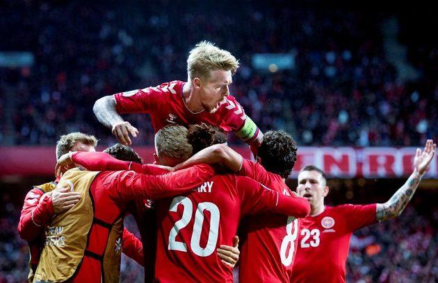 Fotbalisté Dánska porazili doma v kvalifikačním duelu o postup na mistrovství Evropy 2020 Švýcarsko 1:0.