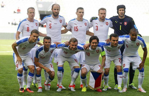 Český národní tým před přípravou s Ruskem v Innsbrucku.