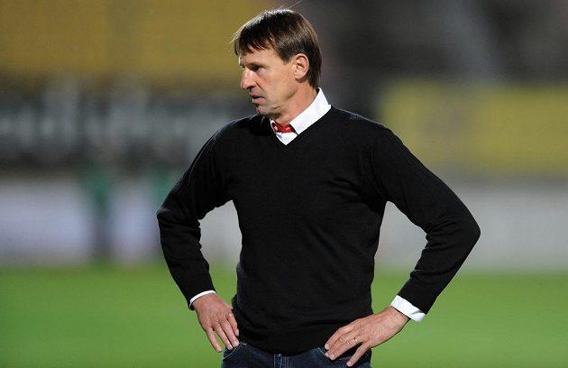 Zklamaný příbramský trenér František Straka po porážce s Teplicemi.