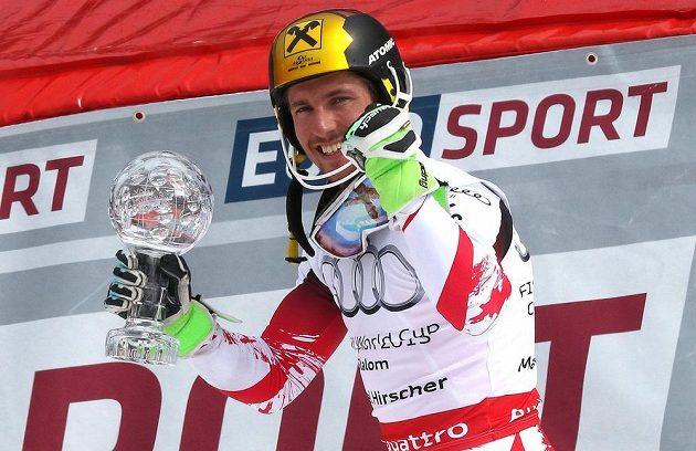Nejlepším slalomářem sezony je potřetí v řadě Hirscher