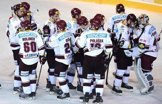 Dobojováno. Hokejisté Sparty slaví vítězství nad Brnem ve druhém semifinálovém utkání play off extraligy.