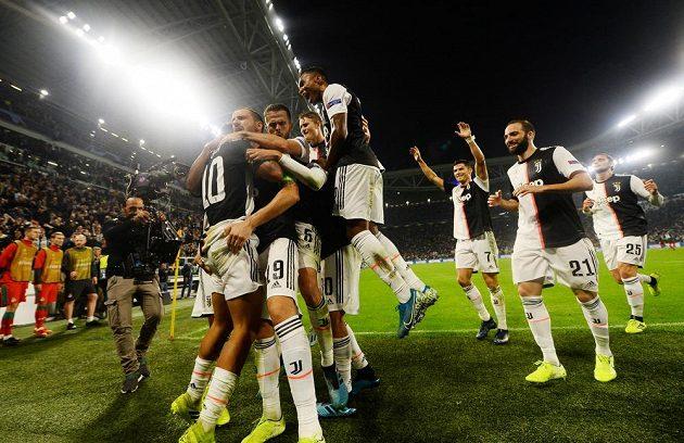 Radost z Juventusu z obratu proti Lokomotivu Moskva v Lize mistrů.