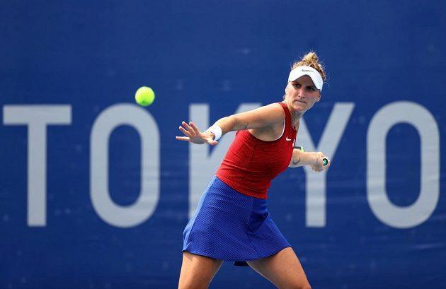 Markéta Vondroušová při zápase s Rumunskou Mihaelou Buzarnescuovou.