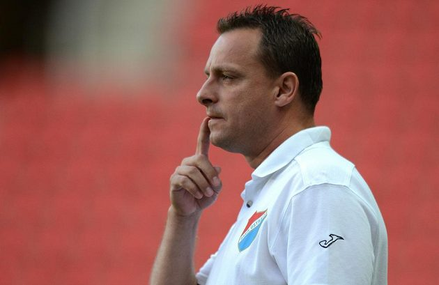 Trenér Baníku Ostrava Martin Svědík má plnou hlavu starostí.