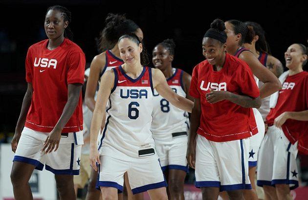 Americké basketbalistky potvrzují nadvládu a zahrají si o sedmé olympijské zlato v řadě